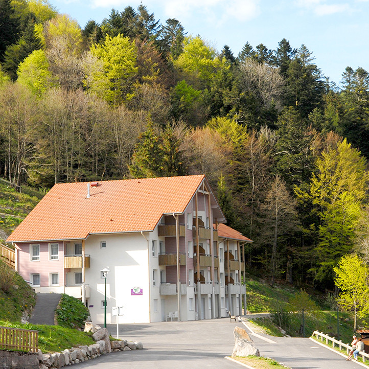 village vacances location hebergement bussang ete